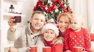 4 Ways to Engage in Family Bonding During the Holiday Season
